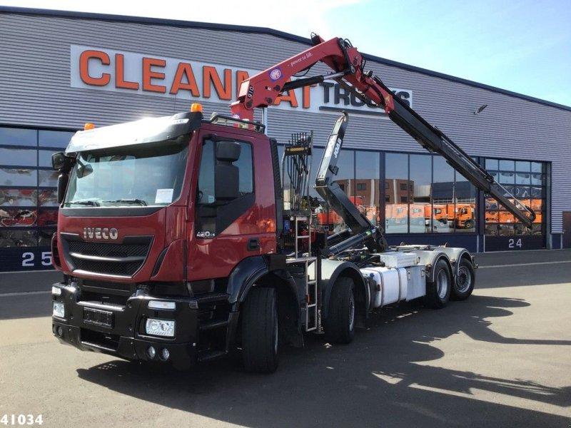 Abrollcontainer typu Iveco Stralis AD320S42 Euro 6 HMF 9 ton/meter laadkraan, Gebrauchtmaschine w ANDELST (Zdjęcie 1)