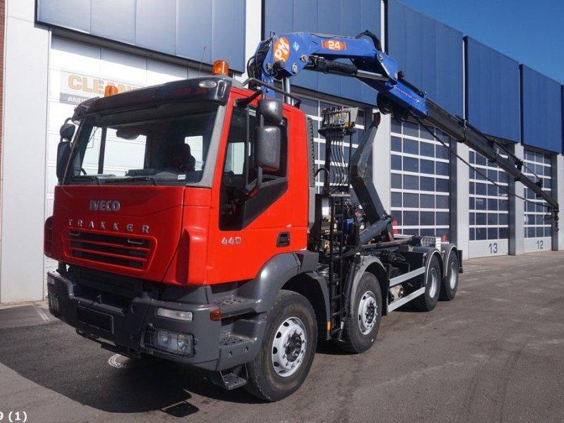 Poză Iveco Trakker AD 340T PM 24 ton/meter laadkraan