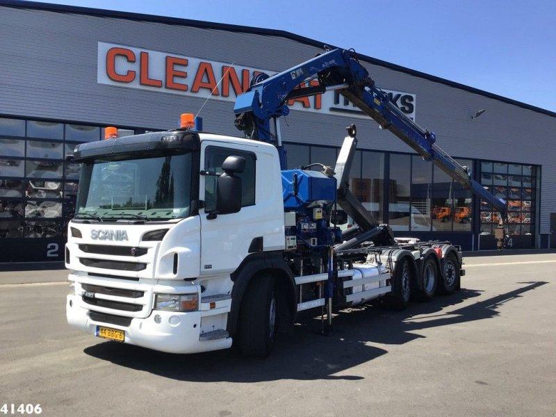 Abrollcontainer des Typs Scania P 420 Hiab 21 ton/meter laadkraan Welvaarts kraanweegsysteem, Gebrauchtmaschine in ANDELST (Bild 1)