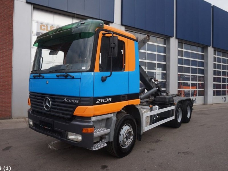 Abrollcontainer of the type Sonstige Mercedes Benz Actros 2635 6x4 Manual Full steel, Gebrauchtmaschine in ANDELST (Picture 1)