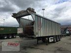 Abschiebewagen des Typs Fliegl ASS 398 Dreiachs Bau in Mühldorf