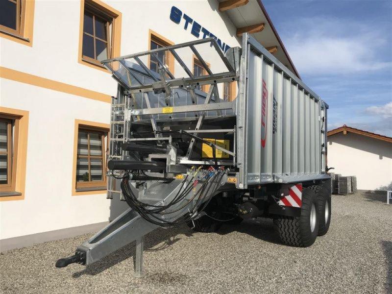 Abschiebewagen des Typs Fliegl ASW 261 GIGANT COMPACT FOX, Neumaschine in Grabenstätt-Erlstätt (Bild 4)