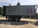 Abschiebewagen des Typs Fliegl ASW 268 Gigant in Neuhof - Dorfborn
