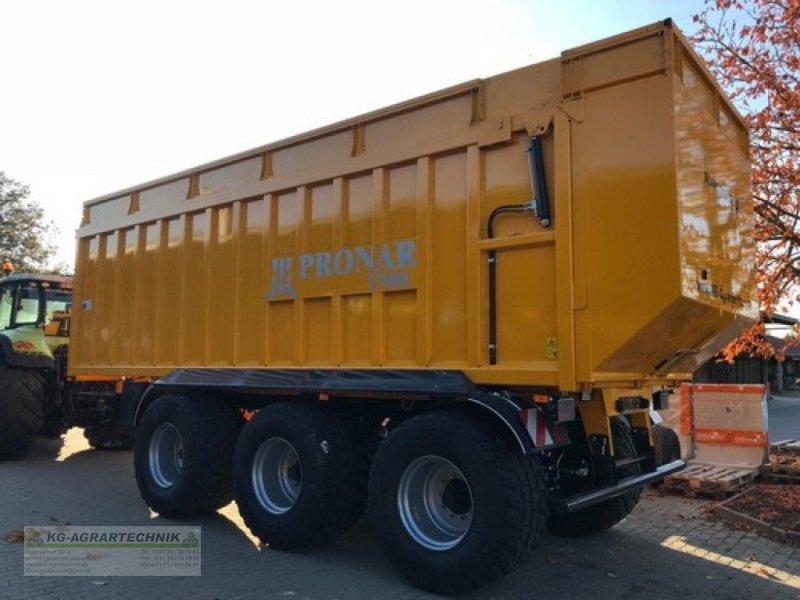 Abschiebewagen des Typs PRONAR T900 KG-EDITION, Neumaschine in Langensendelbach (Bild 1)