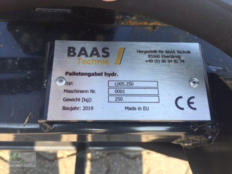 Anbaugerät des Typs Baas Palettengabel, Neumaschine in Markt Schwaben (Bild 4)