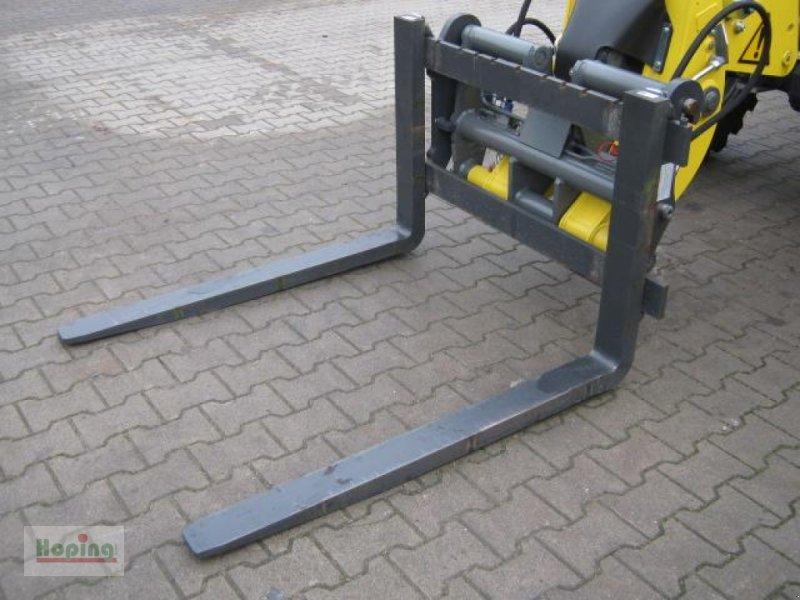 Anbaugerät des Typs Kramer Palettengabel 1200 mm, Neumaschine in Bakum (Bild 1)