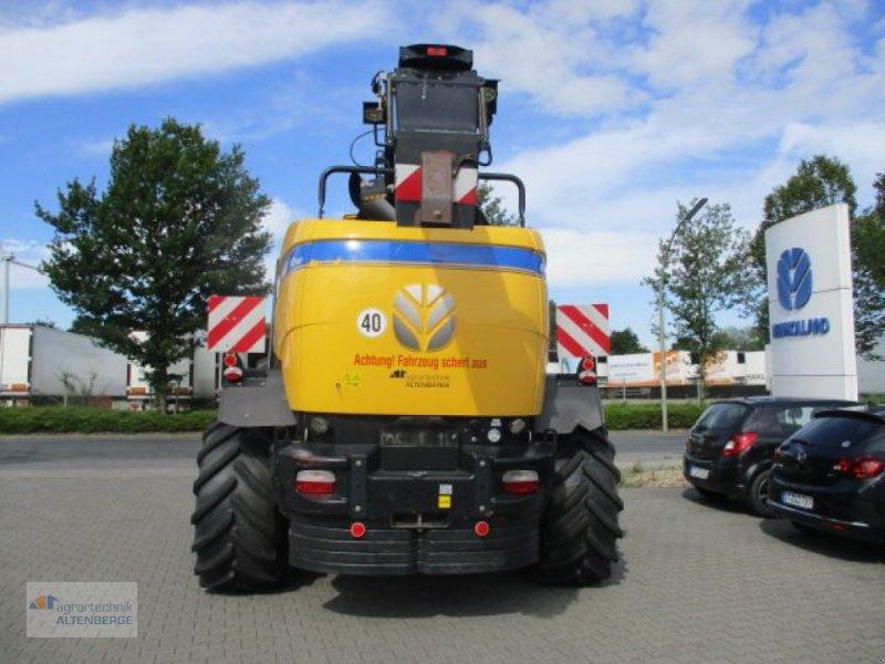 Anbauhäcksler & Anhängehäcksler des Typs New Holland FR 700, Gebrauchtmaschine in Altenberge (Bild 4)