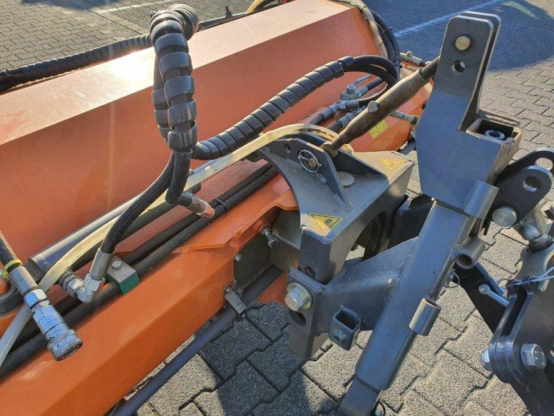 Anbaukehrmaschine des Typs Bema Dual 520 Typ 1550, Gebrauchtmaschine in Olpe (Bild 5)