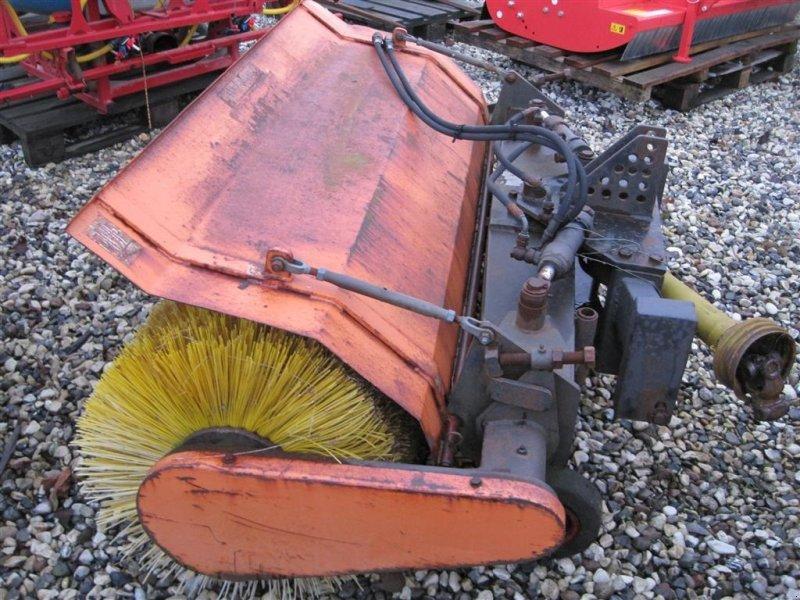 Anbaukehrmaschine типа GMR 150, Gebrauchtmaschine в Hammel (Фотография 1)