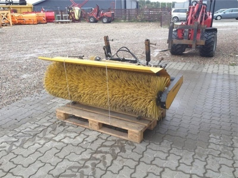 Anbaukehrmaschine типа GMR FF1500LS John Derre 1435-1545-1565, Gebrauchtmaschine в Lemvig (Фотография 1)