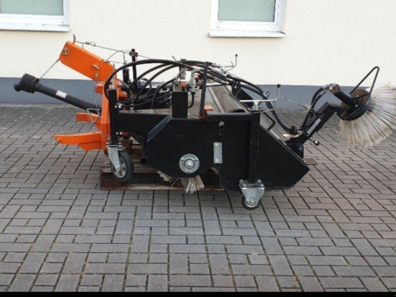 Anbaukehrmaschine типа Kersten KM 14750, Gebrauchtmaschine в Wendelstein (Фотография 1)