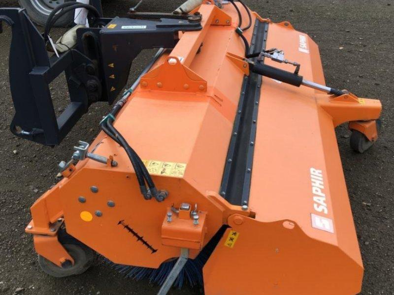 Anbaukehrmaschine типа Saphir PKM 29 Anbaukehrmaschine, Gebrauchtmaschine в Oelde (Фотография 1)