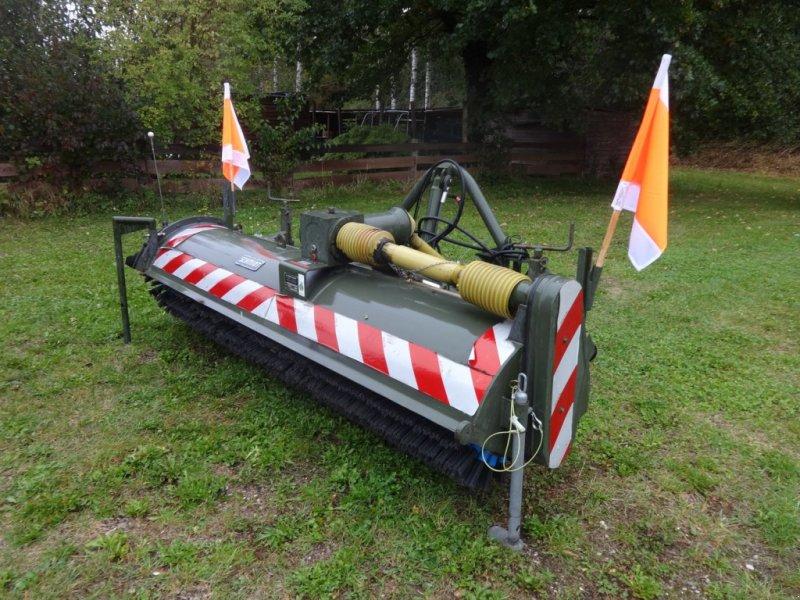 Anbaukehrmaschine des Typs Schmidt VKS, Gebrauchtmaschine in Allershausen (Bild 1)