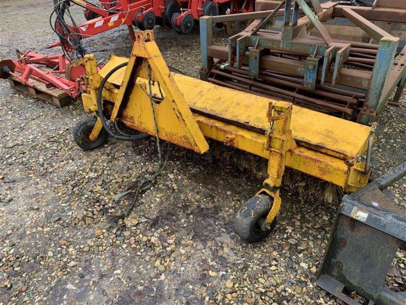 Anbaukehrmaschine типа Sonstige Hydraulisk Kost, Gebrauchtmaschine в Nykøbing Mors (Фотография 1)