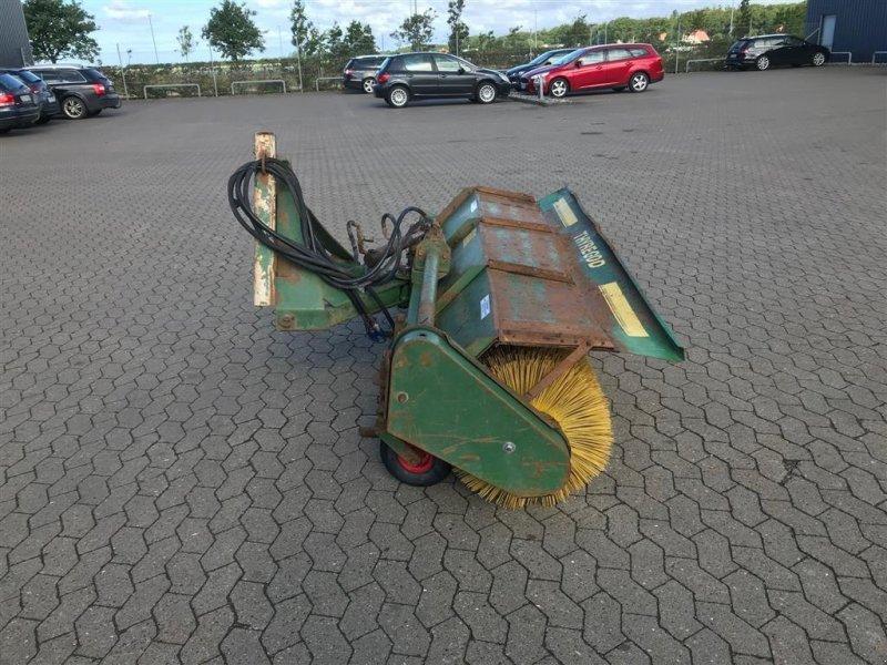 Anbaukehrmaschine typu Thyregod Hydraulisk trukket kost, med hydraulisk sving., Gebrauchtmaschine v Ribe (Obrázok 8)