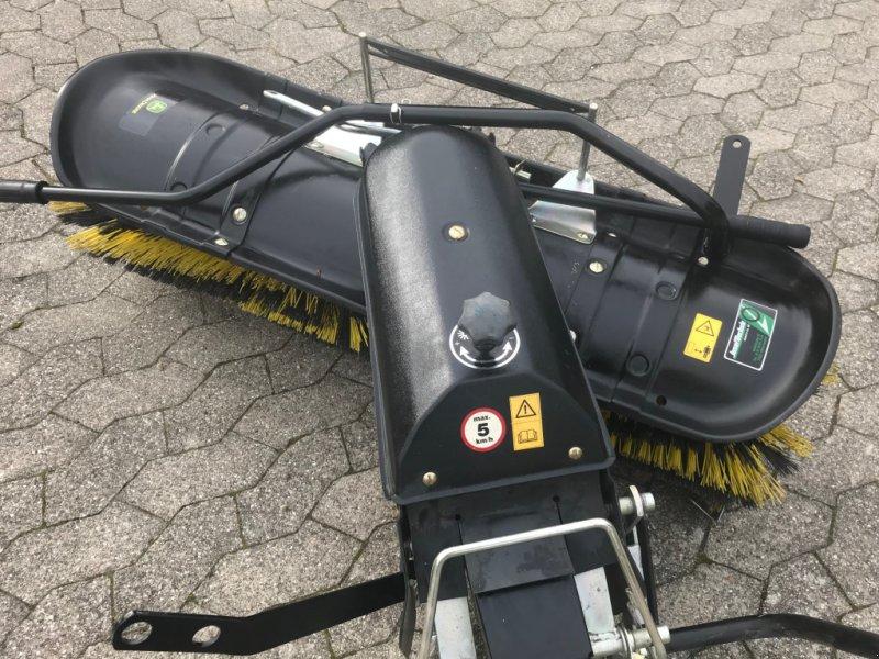 Anbaukehrmaschine des Typs Tielbürger TK 520, Gebrauchtmaschine in Bühl (Bild 1)