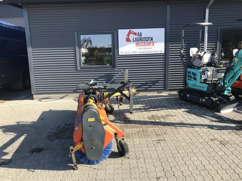 Anbaukehrmaschine типа Tuchel Plus 560  pto trukket, Gebrauchtmaschine в Rønnede (Фотография 1)