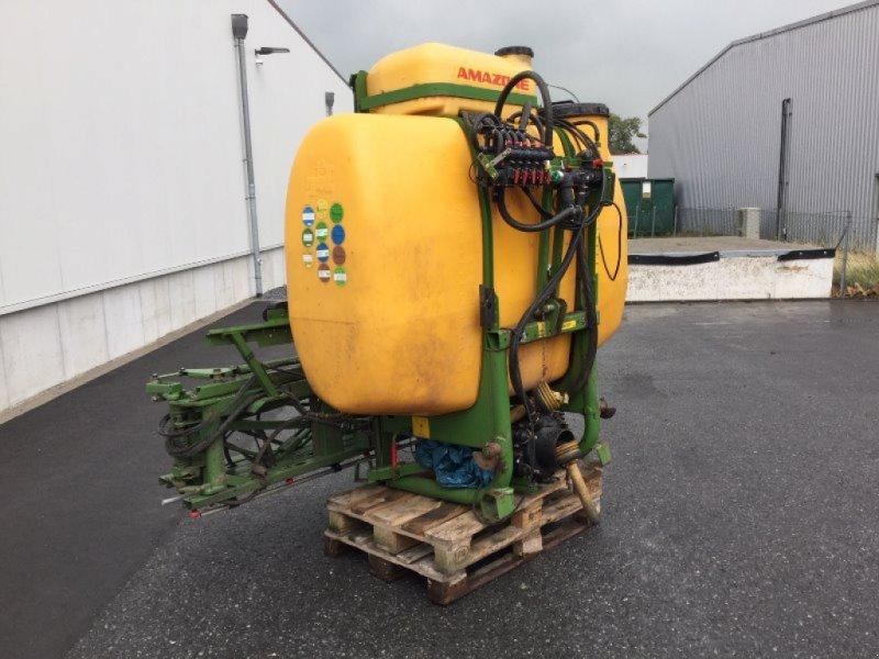 Anbauspritze des Typs Amazone UF 1200, Gebrauchtmaschine in Rietberg (Bild 2)