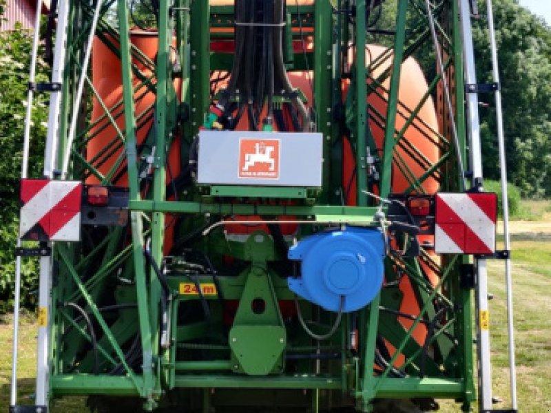 Anbauspritze des Typs Amazone UF 1801, Gebrauchtmaschine in Rehburg-Loccum (Bild 1)