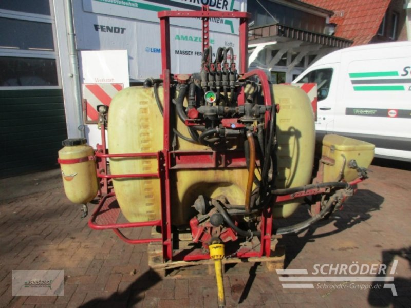 Anbauspritze des Typs Hardi Anbaufeldspritze NK 800, Gebrauchtmaschine in Wildeshausen (Bild 1)