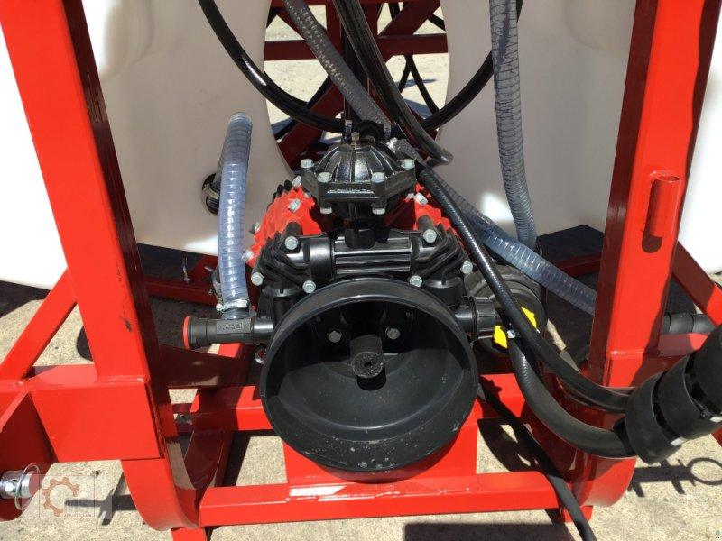 Anbauspritze des Typs Jar-Met 1000l 15m Hydraulisch Klappbar Arag Ventil, Neumaschine in Tiefenbach (Bild 11)