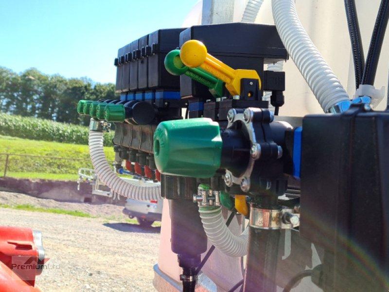 Anbauspritze des Typs Premium Ltd Nox 1015, Neumaschine in Attenweiler Oggelsbeuren (Bild 7)