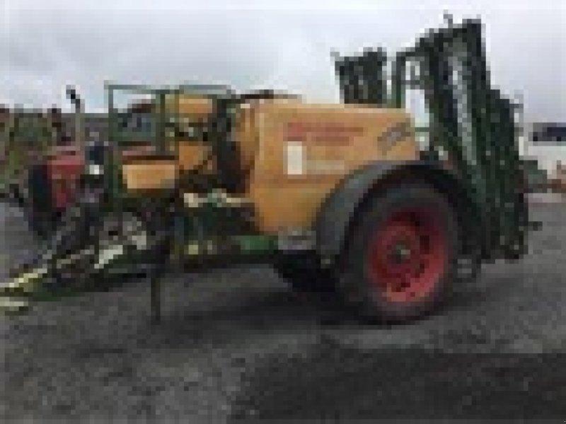 Anhängespritze des Typs Amazone UG 3000 16 m, Gebrauchtmaschine in Kolding (Bild 1)