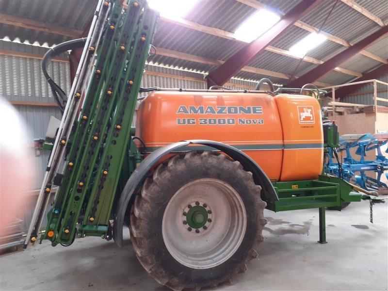 Anhängespritze des Typs Amazone UG 3000 Nova  Med dobbelt pumpe, nysynet, Gebrauchtmaschine in Egtved (Bild 1)