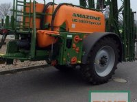 Amazone UG 3000 Spezial trailed sprayer