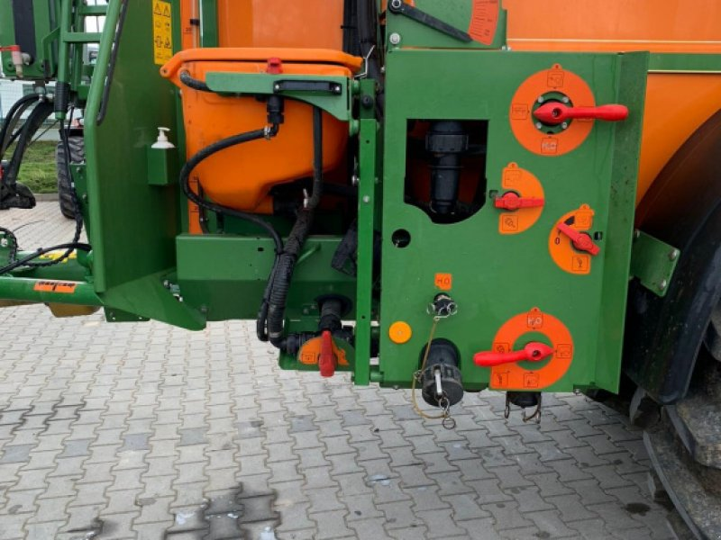 Anhängespritze des Typs Amazone UG 3000, Gebrauchtmaschine in Petersberg (Bild 3)