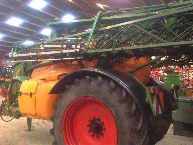 Anhängespritze tip Amazone UX 4200-30 MTR., Gebrauchtmaschine in Nykøbing Falster (Poză 1)