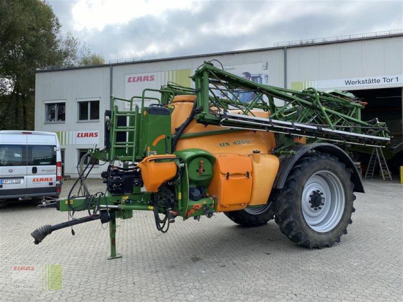 Anhängespritze des Typs Amazone UX 4200 SUPER, Gebrauchtmaschine in Vohburg (Bild 1)