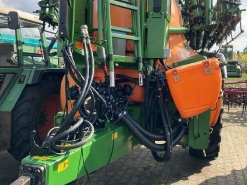 Anhängespritze des Typs Amazone UX 5200, Gebrauchtmaschine in Nienburg (Bild 1)
