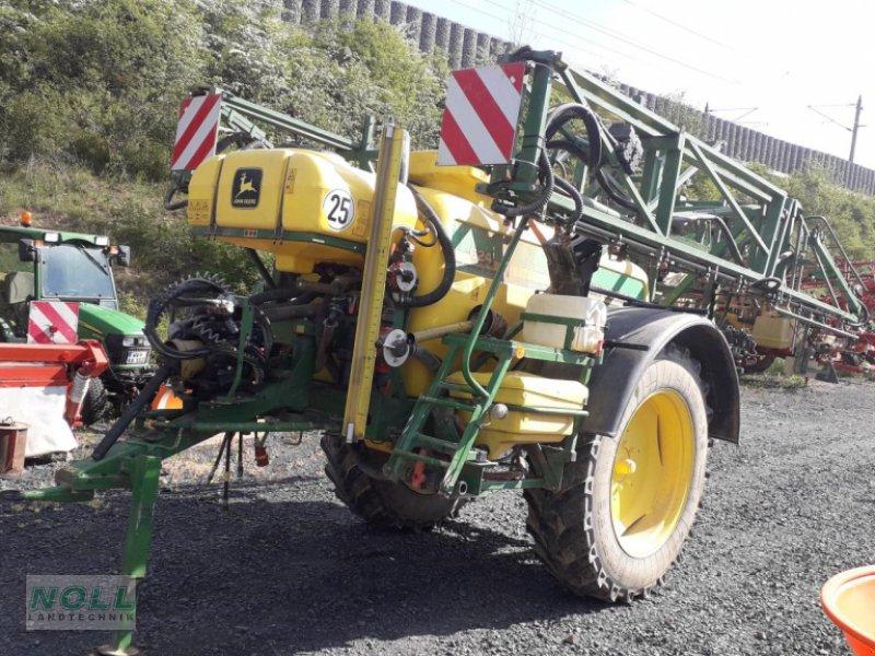 Anhängespritze des Typs John Deere 624, Gebrauchtmaschine in Limburg (Bild 1)