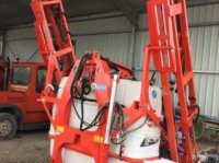 Kuhn DELTIS 1200 trailed sprayer
