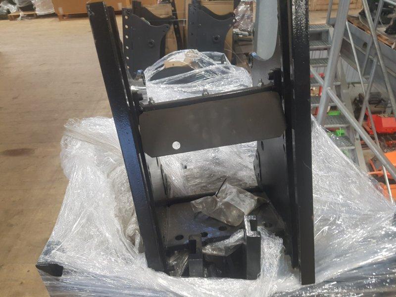 Anhängevorrichtung типа Kubota M8540-M9540  Höhenverstellbar, Neumaschine в Olpe (Фотография 1)