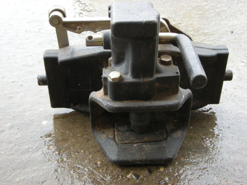 Anhängevorrichtung des Typs Rockinger Anhängekupplung, Gebrauchtmaschine in Oberwittbach (Bild 1)