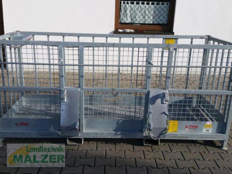 """Arbeitsbühne типа Fliegl Arbeitsbühne """"BREIT"""", Neumaschine в Mitterteich (Фотография 1)"""