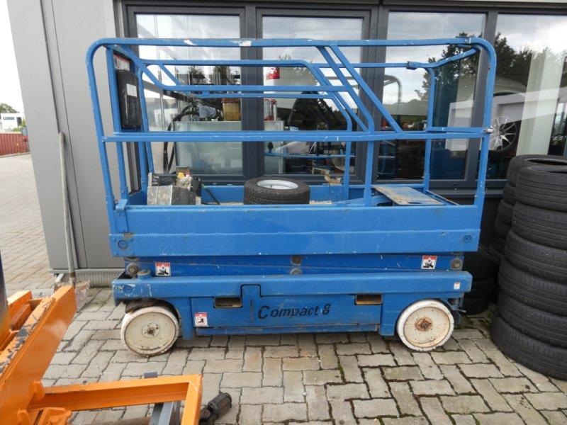 Arbeitsbühne des Typs Haulotte compact 8, Gebrauchtmaschine in Villingen (Bild 1)