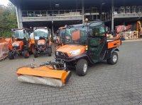 Kubota RTVX 1110 mit Frontkehrmaschine ATV & Quad