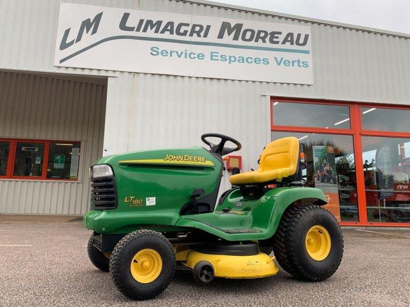 Aufsitzmäher типа John Deere LT180, Gebrauchtmaschine в LIMOGES (Фотография 1)