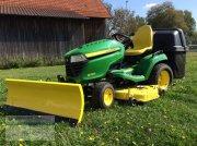 John Deere X590 Самоходная газонокосилка