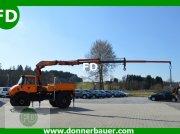 Unimog Unimog mit 110 PS und 9,80 Meter Kran Macara auto