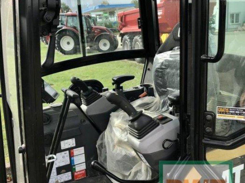 Bagger des Typs Caterpillar CAT 301.8, Vorführmaschine in Rommerskirchen (Bild 3)