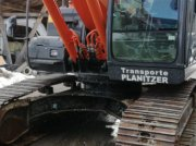 Bagger des Typs Hitachi ZX 210 LC-3 in Ramingstein