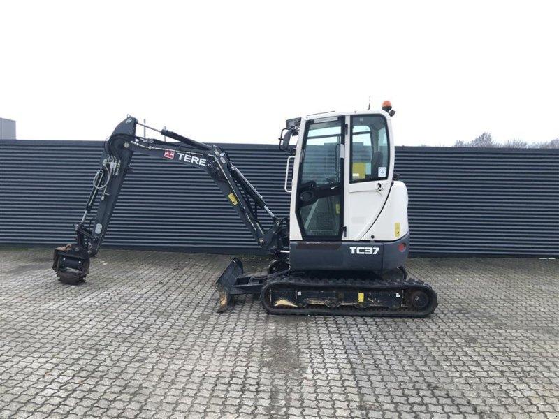 Bagger типа Terex TC37 m. powertilt 90*90 grader, Gebrauchtmaschine в Horsens (Фотография 1)
