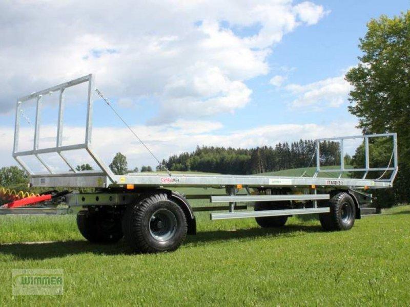 Ballensammelwagen des Typs CYNKOMET T 608-2, Neumaschine in Kematen (Bild 1)