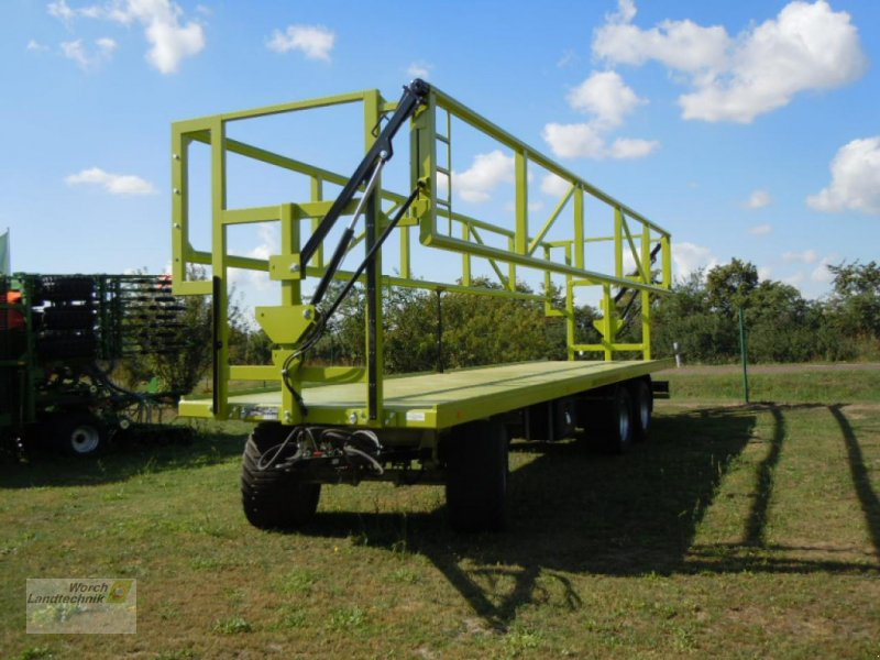 Ballensammelwagen des Typs MDW-Fortschritt BTW V9, Neumaschine in Schora (Bild 1)