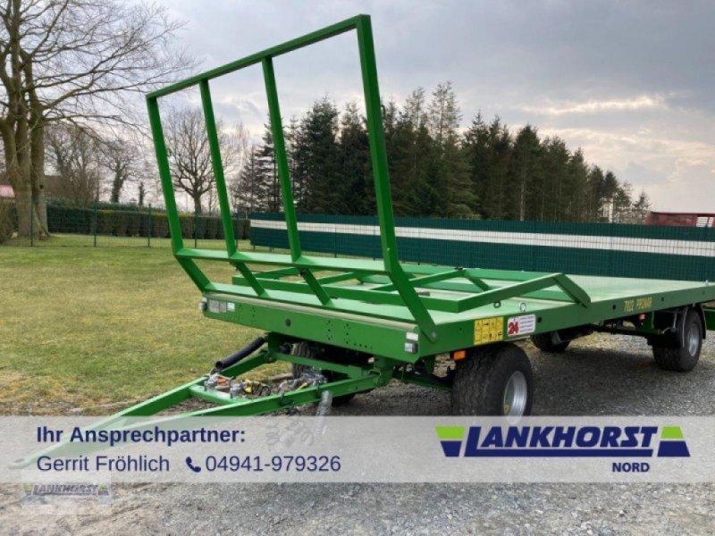 Ballensammelwagen des Typs PRONAR T 022 M, Neumaschine in Aurich (Bild 1)