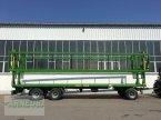 Ballensammelwagen des Typs PRONAR T 026 KM mit Ladungssicherung , NEU Lagermaschine in Schlettau